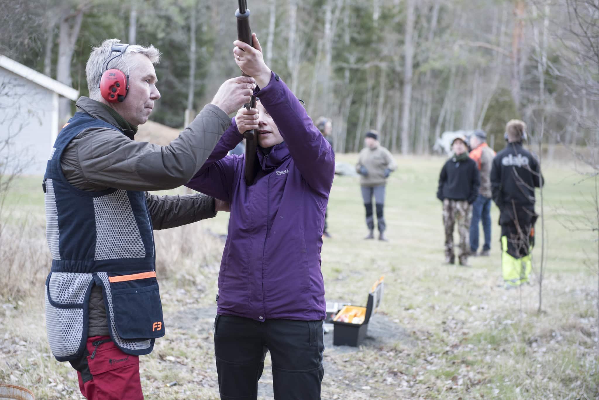 Intresset fö ratt bli jägare är stort. Förra året genomförde 12.800 blivande jägare det teoretiska provet, och många avslutade examen med de olika skjutproven. Foto: Jan Henricson