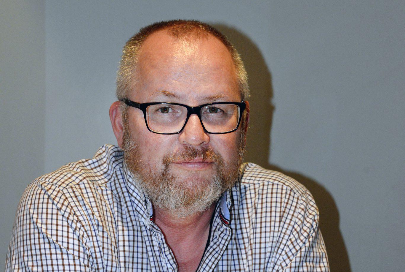 Torbjörn Lövbom, Burträsk, är ledamot i Jägareförbundets styrelse. Han tror debatten om vinterjakten på älg grundar sig i att jägarna är rädd om älgstammen. Foto: Lars-Henrik Andersson