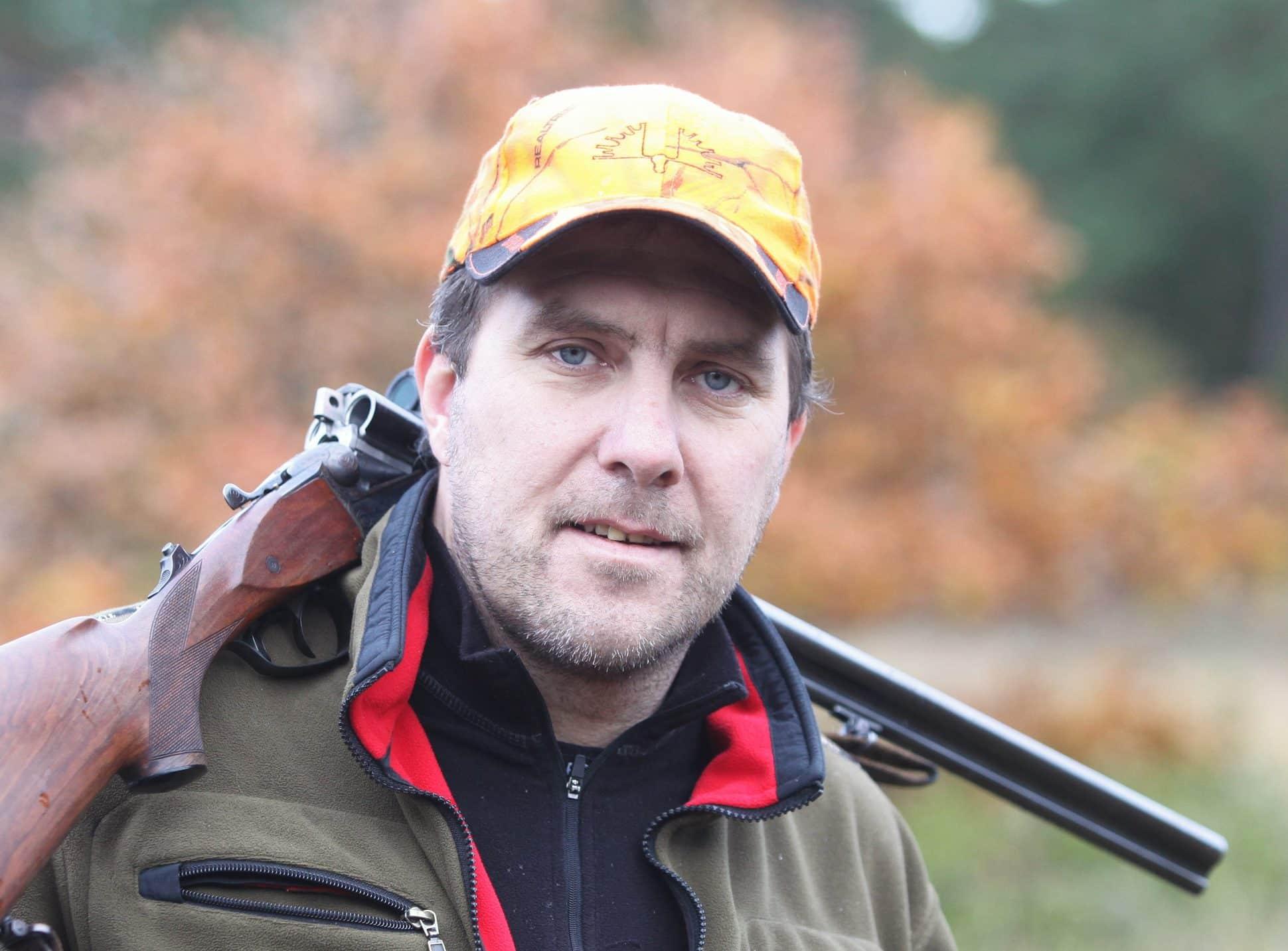 Johan Thomsson, ordförande Jägareförbundet Gotland, vill se en lagändring som stoppar etableringen av vildsvin på Gotland. Foto: Krister Nordin