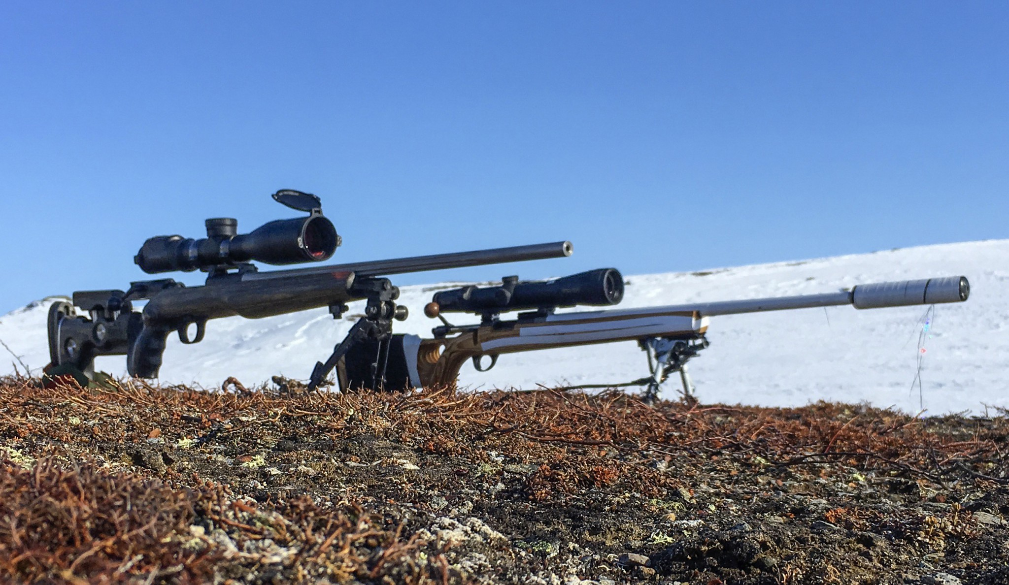 Vi ställer Burris Eliminator III Laserscope och Swarovski dS mot varandra. Foto: Ulf Lindroth