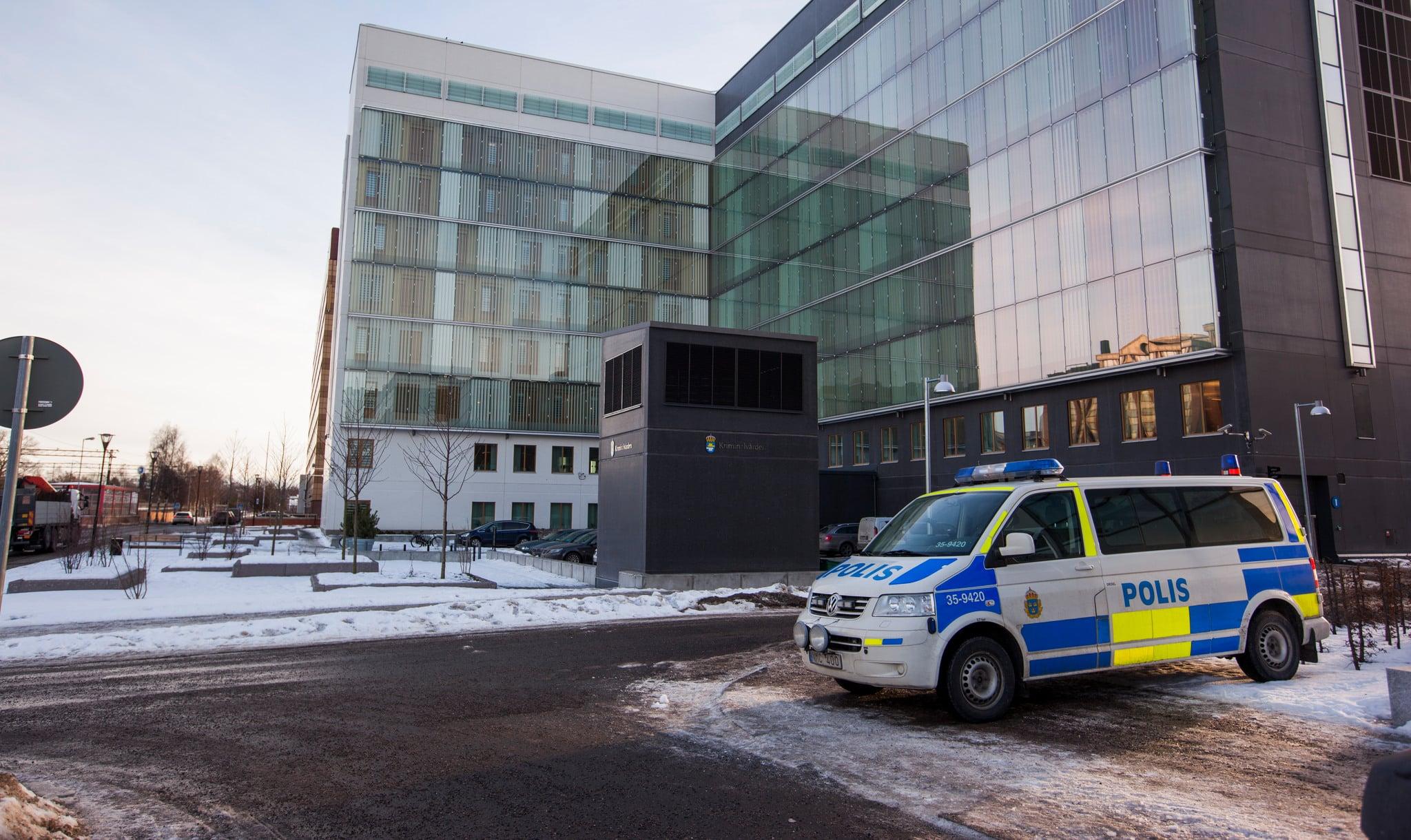 Ytterligare två män misstänkta i den så kallade jakthärvan i Västmanland har släppts ur häktet.
