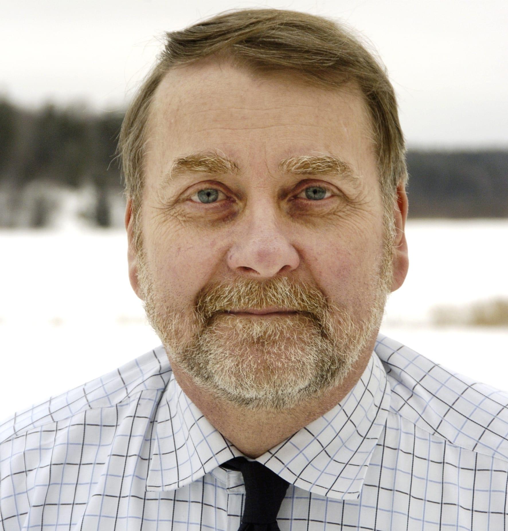 Före detta jaktvårdskonsulenten och jaktjuridiske experten Sven Johansson har avlidit i en ålder av 64 år. Foto: Privat