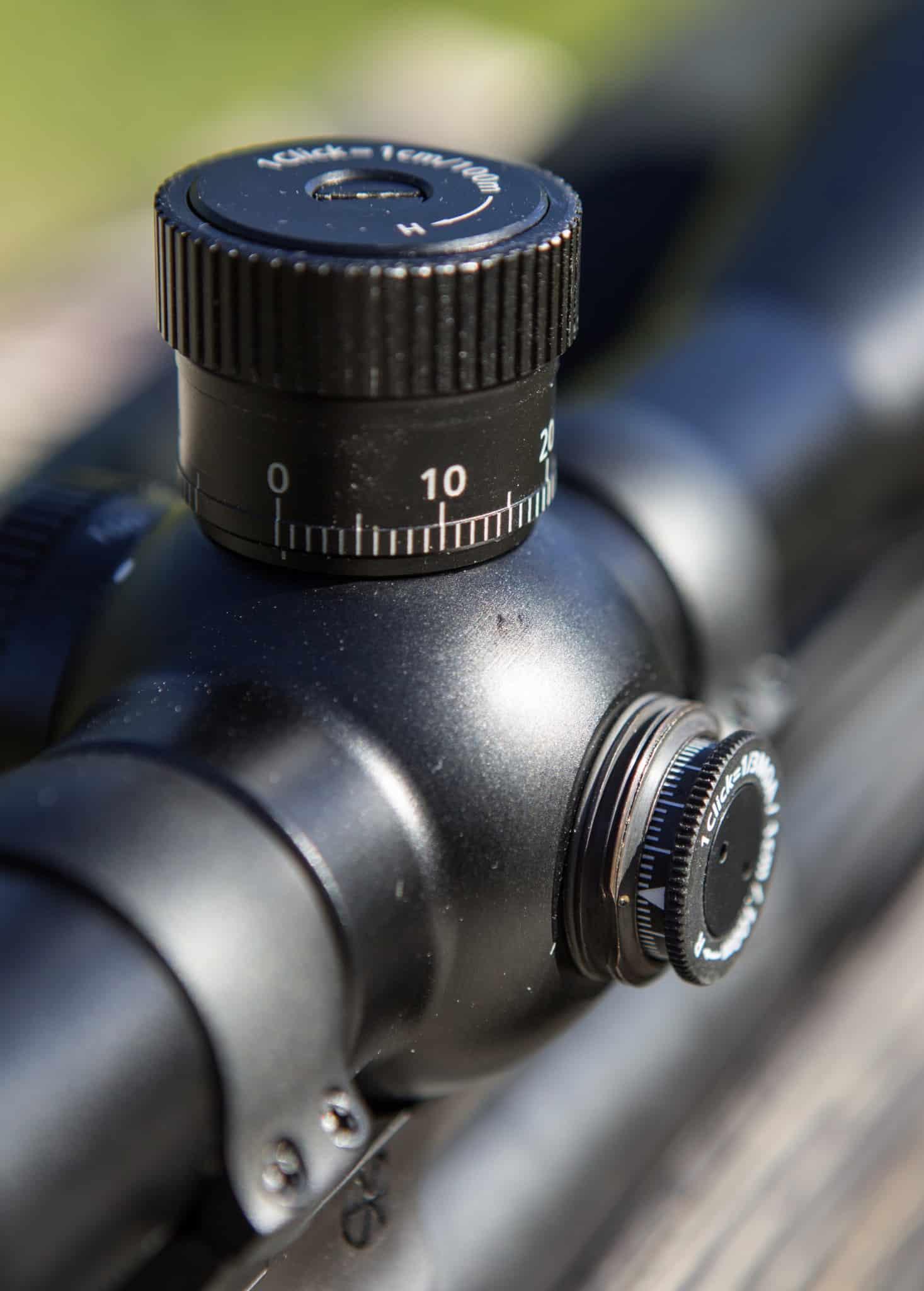 Den vanligaste typen av justeringsratt sitter skyddad under ett lock och passar bäst på nio av tio jaktsikten.