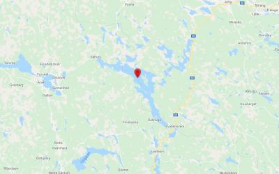 Den illegala jakten på varg ska enligt polisen ha bedrivits i närheten av Långholmen på sjön Amungen.