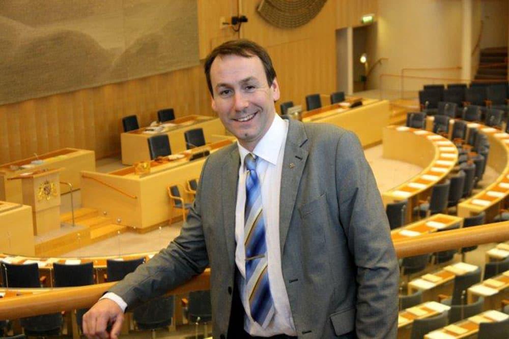 Sten Bergheden, riksdagsledamot (M) och jägare, lämnar in en riksdagsmotion om att uppmärksamma jaktens betydelse för Sverige.