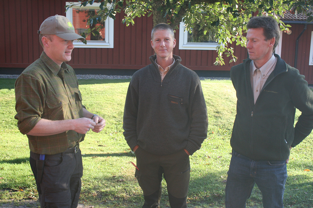Domare i eftersök. Marcus Engström, Jonas Lundgren och Mats Johansson.
