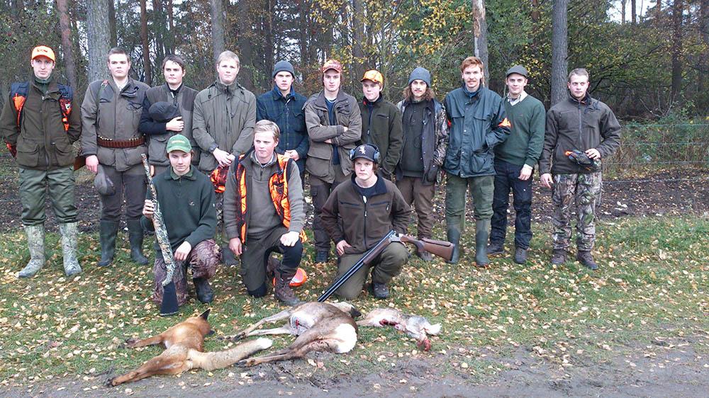 Drevjakten på hare, räv och rådjur resulterade i fällt vilt av alla tre djurslagen. Foto: Louise Gårdefalk