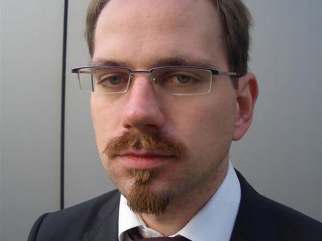 Michael Eriksson har länge varit engagerad i vapenfrågan. Han har bland annat arbetat med datainsamling till Erik Lakomaas studie om vapenstölder.
