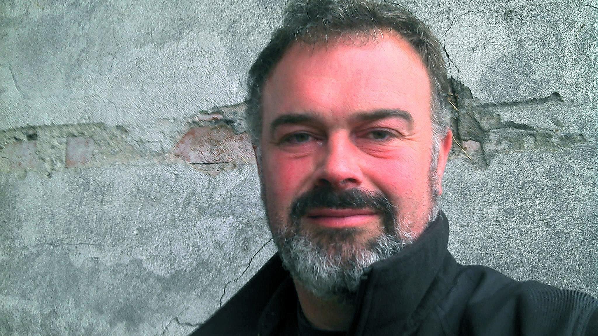 Rovdjurstrycket är för högt i Värmland, anser Patrik Ohlsson LRF:s ordförande i Värmland.