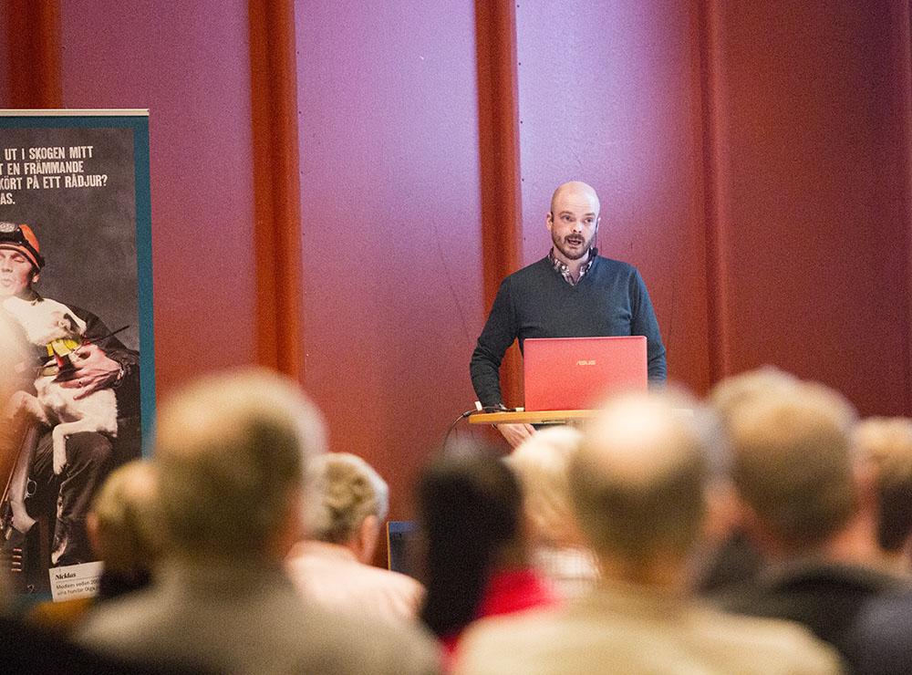 Daniel Ligné föreläste i Bollnäs på torsdagskvällen. Foto: Olle Olsson