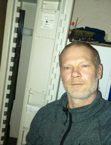 Stefan Holm har väntat i 23 veckor på att få ställa in sin nya studsare i vapenskåpet. Foto: Privat
