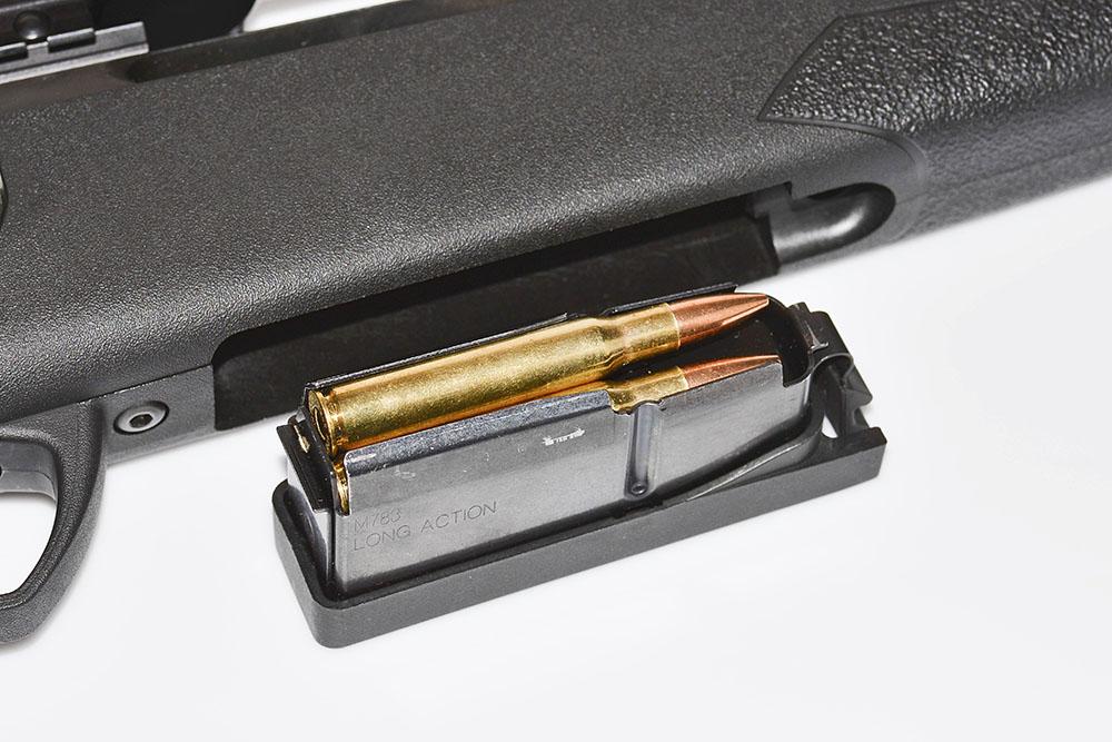 Ett så pass gediget magasin som på Remington 783 brukar man inte hitta i denna prisklass av vapen. Magasinet rymmer fyra skott.