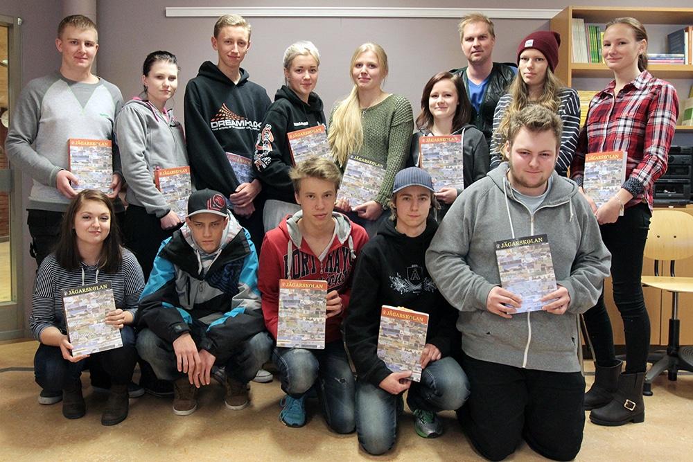 För fjärde året i rad bedriver Rättviks jaktvårdskrets i samarbete med Stiernhöksgymnasiet en teoretisk och praktisk utbildning till jägarexamen för i första hand elever från avgångsklasserna. Foto: Robert Gravsjö