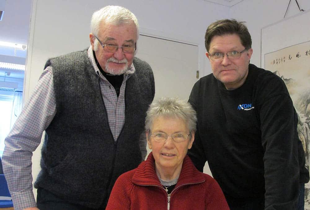De tre grundarna av Korthårsgruppen, till vänster Ingvar Sahlberg, till höger Per Axelsson och i mitten Maud Andersson. Foto: Ulf Granström