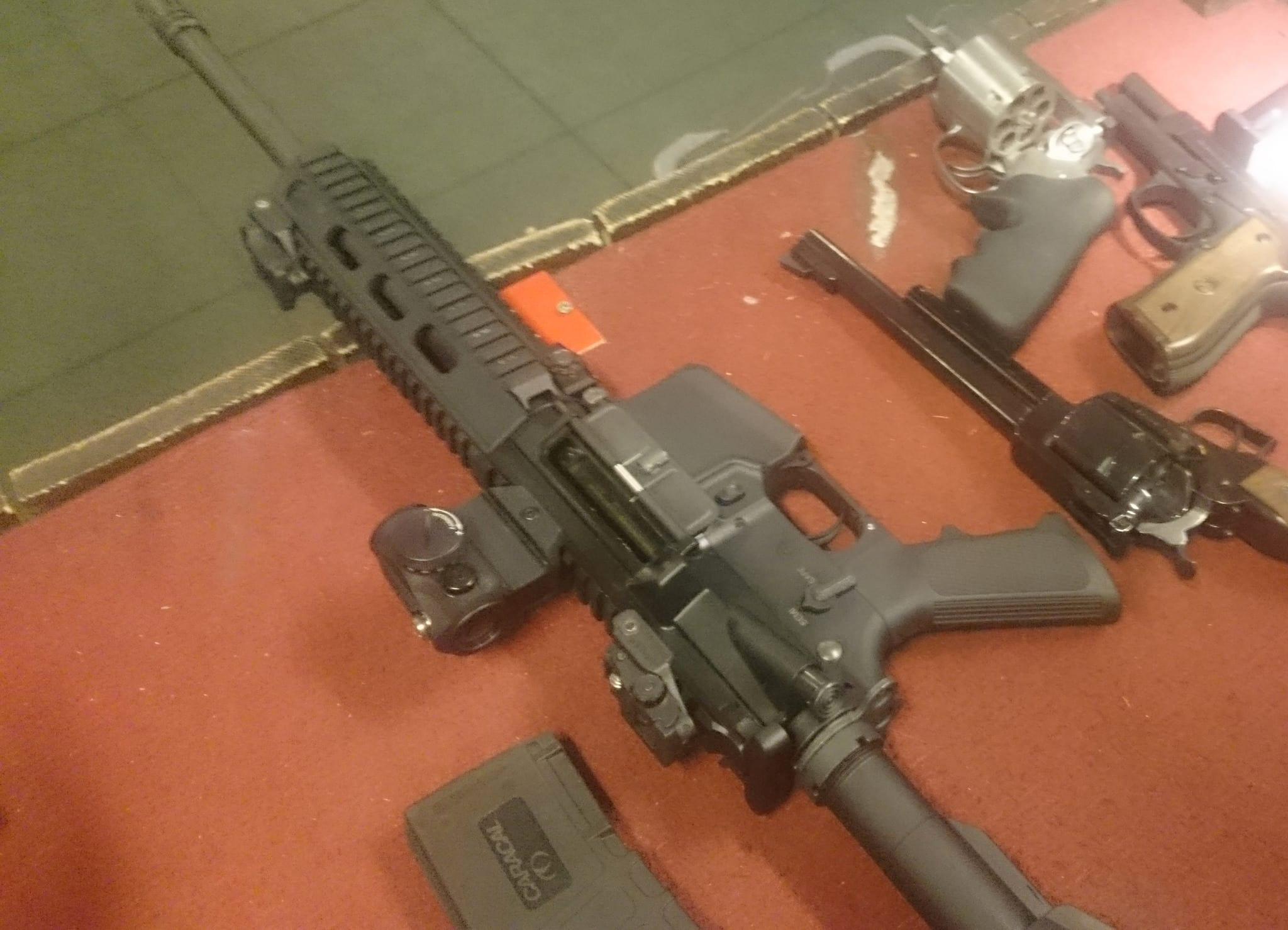 Nu vill ask skarpa vapenlagen