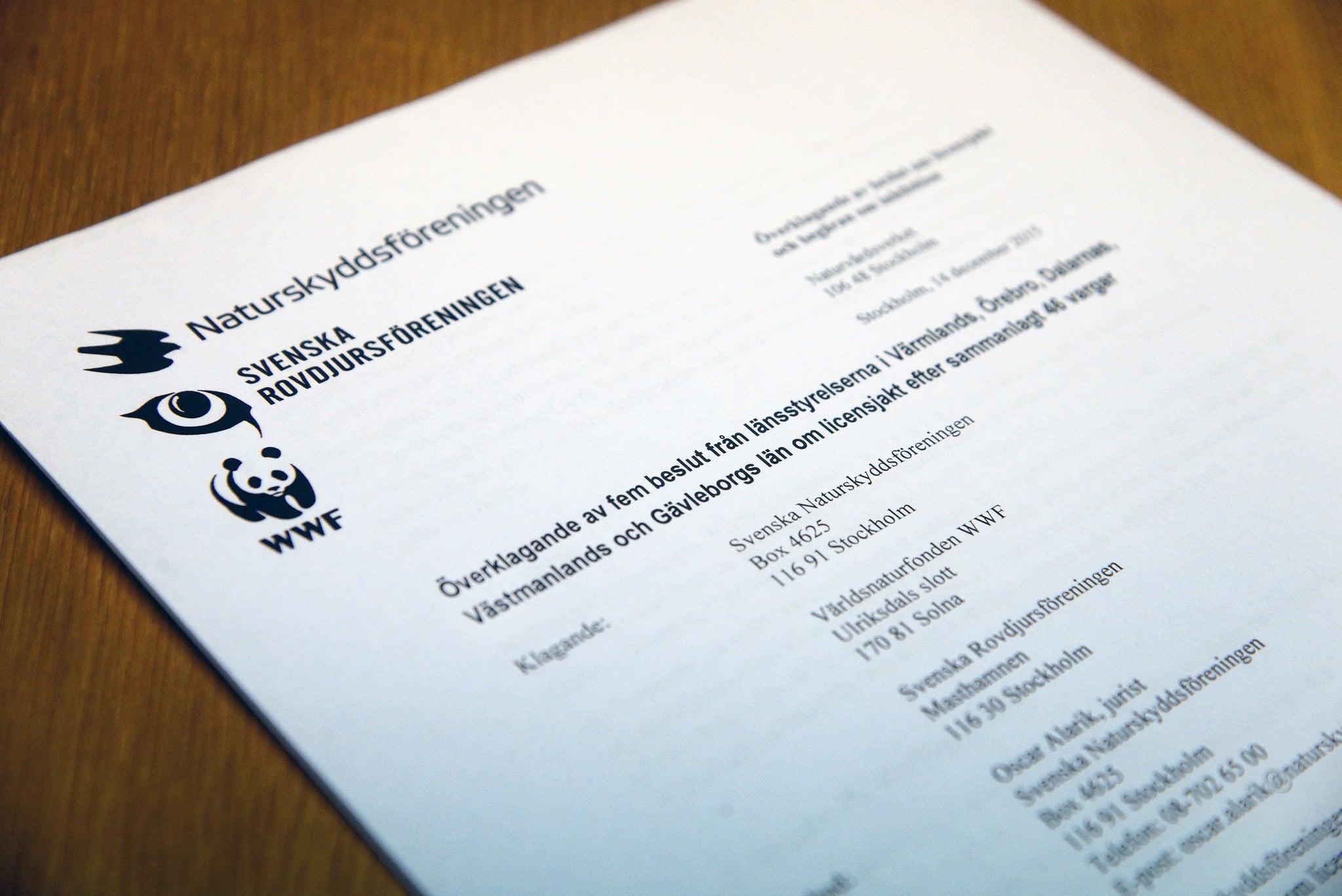 ICA, IKEA och Postkodlotteriet, Volvo, SKF samt Sveaskog är några företag som sponsrar organisationer som konsekvent överklagar jaktbeslut, skriver debattören.