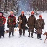 Deltog på stövarjakten gjorde, från vänster, Adam Rydholm, Willy Nordenström, Joel Ohlsson, Dennis och Filip Davidsson. Foto: Torgny Evertsson